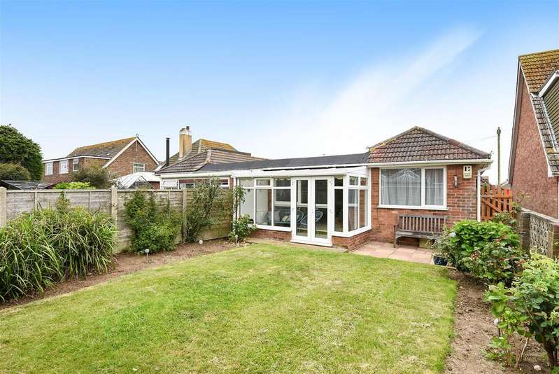 2 Bedrooms Semi Detached Bungalow for sale in Rowe Avenue North, Peacehaven