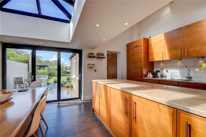 3 Bedrooms Terraced House for sale in Parklands, Hawkley, Greatham, Liss