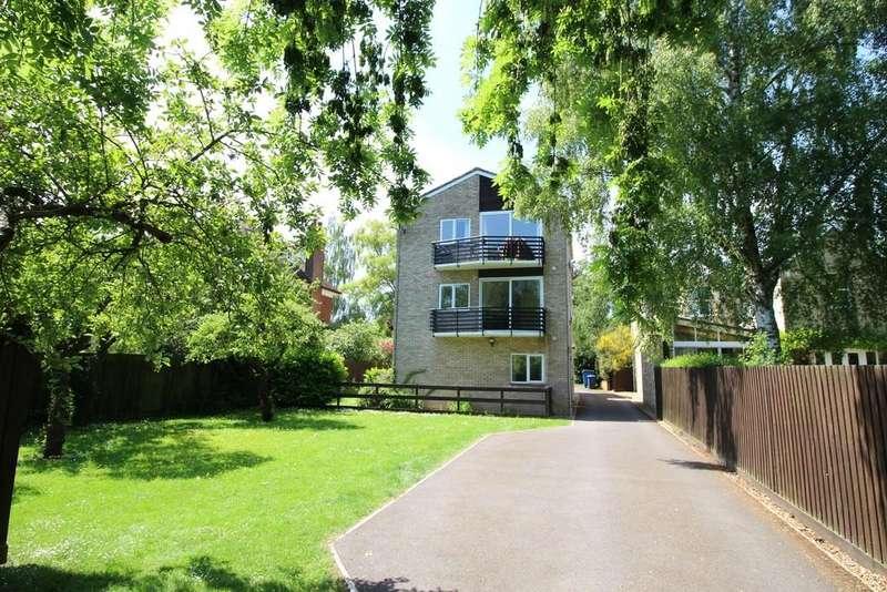 2 Bedrooms Ground Flat for sale in Hills Road, Cambridge