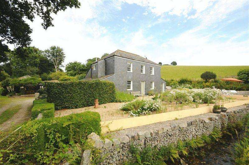 4 Bedrooms House for sale in Respryn, Nr. Lostwithiel