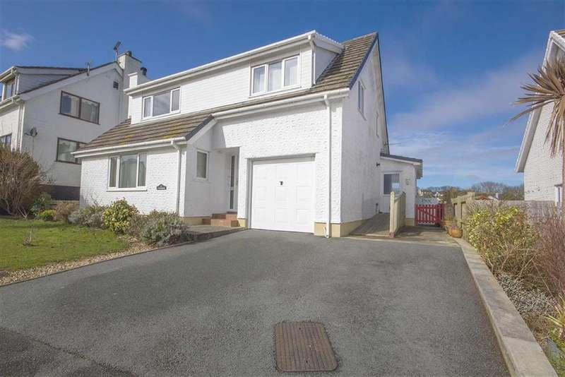 4 Bedrooms Detached House for sale in Bay View Road, Benllech, Anglesey