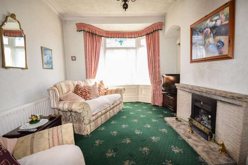 3 Bedrooms Terraced House for sale in Montrose Street, Saltburn TS12