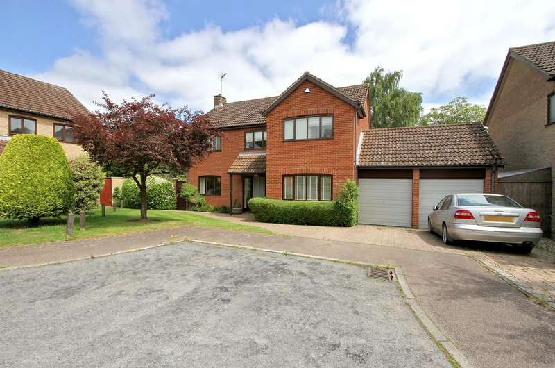 4 Bedrooms Detached House for sale in Meadway, Cringleford