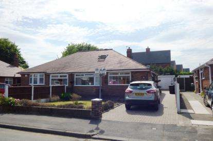 4 Bedrooms Bungalow for sale in Southdale Road, Paddington, Warrington, Cheshire