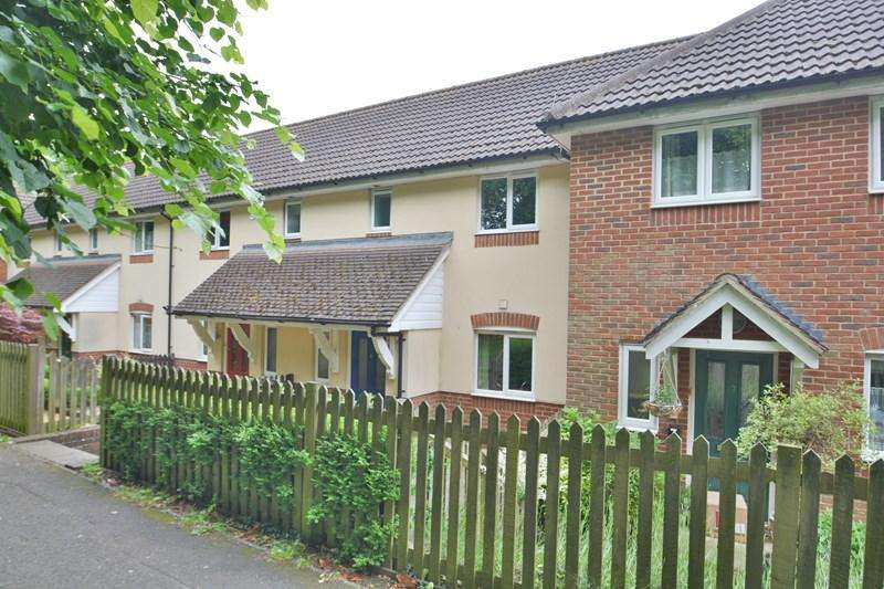 3 Bedrooms Terraced House for sale in St Georges Road, Tidworth