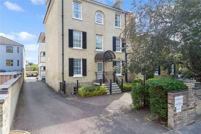 2 Bedrooms Flat for sale in Felbrigge House, 39 Hills Road, Cambridge