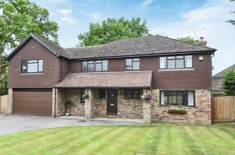5 Bedrooms Detached House for sale in Nuthatch Close, Rowland's Castle, PO9