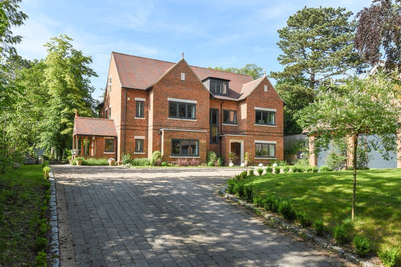 6 Bedrooms Detached House for sale in Elvendon Road, Goring on Thames, RG8