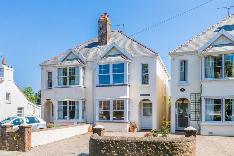 3 Bedrooms Semi Detached House for sale in La Grande Rue, St. Martin, Guernsey