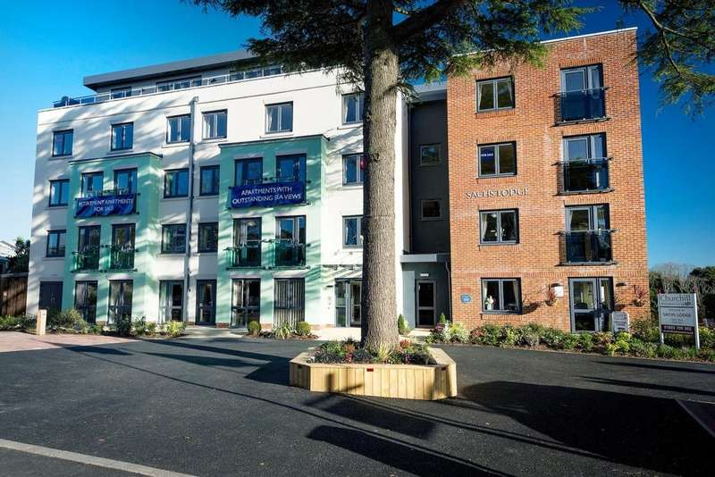 2 Bedrooms Apartment Flat for sale in Sachs Lodge Asheldon House, Torquay, TQ1