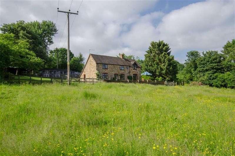 4 Bedrooms Detached House for sale in Cramer Gutter, Kidderminster, DY14