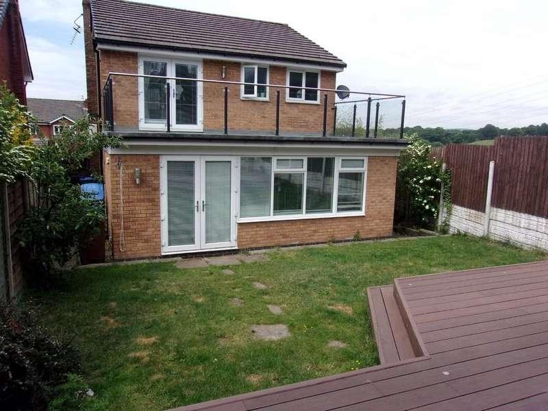 3 Bedrooms Detached House for sale in Harold Lees Road, Heywood