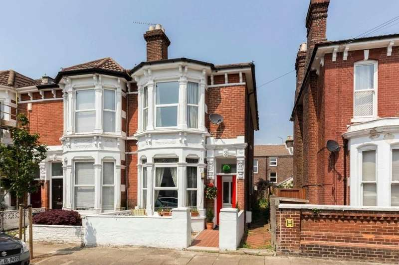 5 Bedrooms Property for sale in Havelock Road, Southsea, PO5