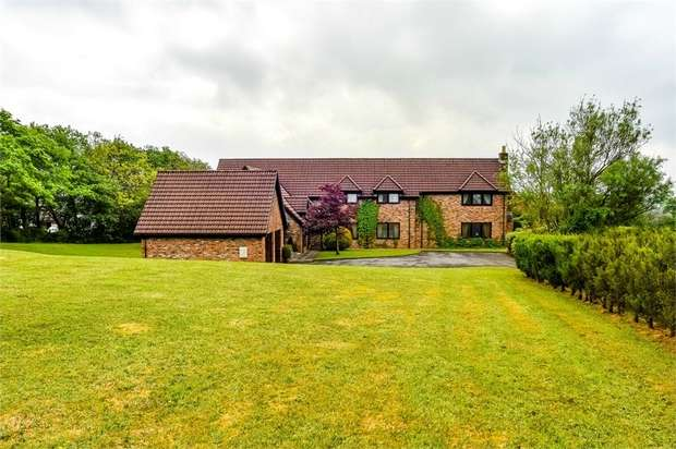 5 Bedrooms Detached House for sale in Beidr Non, Llannon, Llanelli, Carmarthenshire