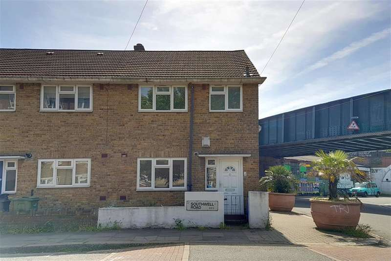 3 Bedrooms End Of Terrace House for sale in Southwell Road, SE5