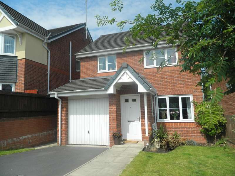 3 Bedrooms Detached House for sale in Valley View, Bury, BL8