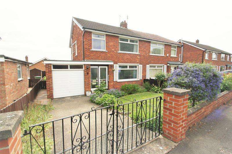 3 Bedrooms Semi Detached House for sale in Sadberge Grove, Fairfield, Stockton, TS19 7RN