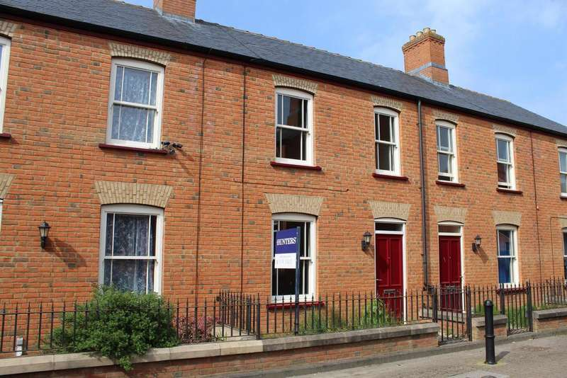 3 Bedrooms Town House for sale in Pooles Lane, Spilsby, PE23 5EU