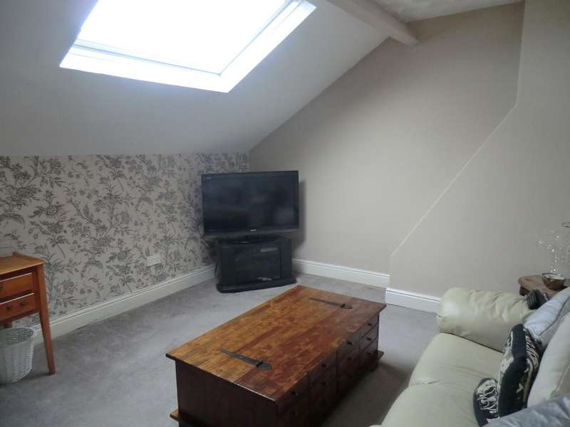 5 Bedrooms Terraced House for sale in LOFTUS TS13