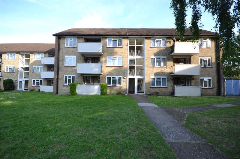 3 Bedrooms Apartment Flat for sale in Capel Close, Whetstone, London, N20