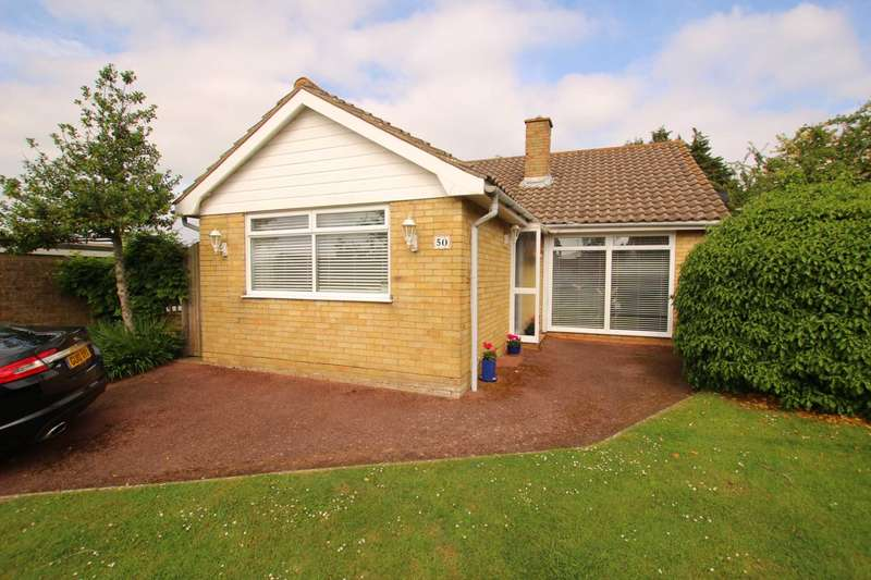 3 Bedrooms Detached Bungalow for sale in Anderida Road, Eastbourne, BN22 0PX