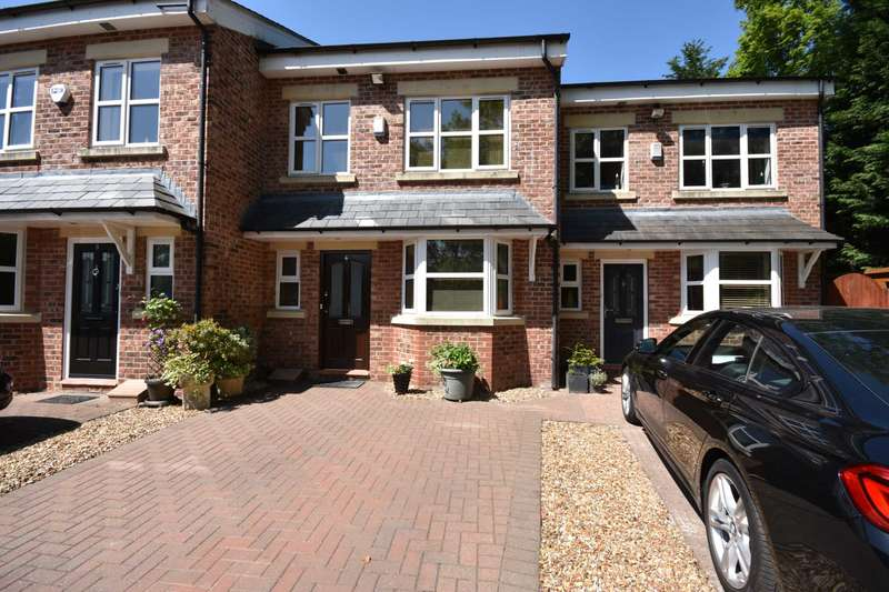 4 Bedrooms Town House for sale in HOCKLEY PADDOCK, PARK LANE, POYNTON