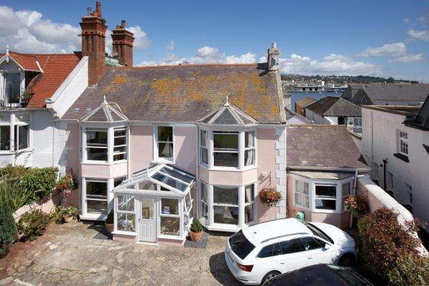 7 Bedrooms Commercial Property for sale in The Green, Shaldon, Devon