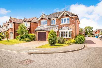 4 Bedrooms Detached House for sale in Black Horse Lane, Widnes, Cheshire, Tbc, WA8