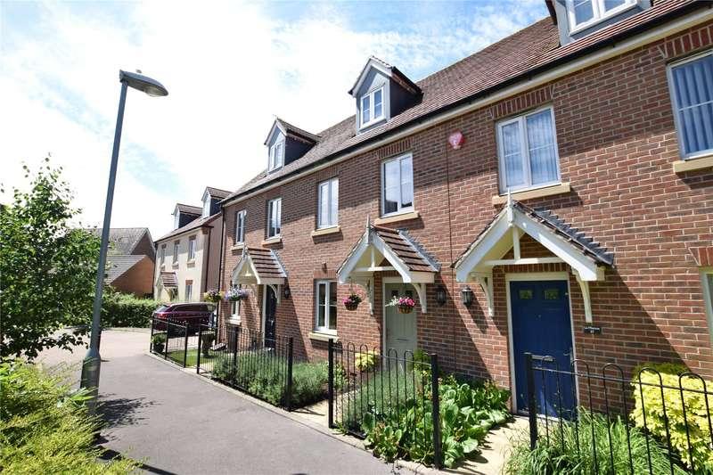 3 Bedrooms Terraced House for sale in Bullfinch Rise, Bracknell, Berkshire, RG12