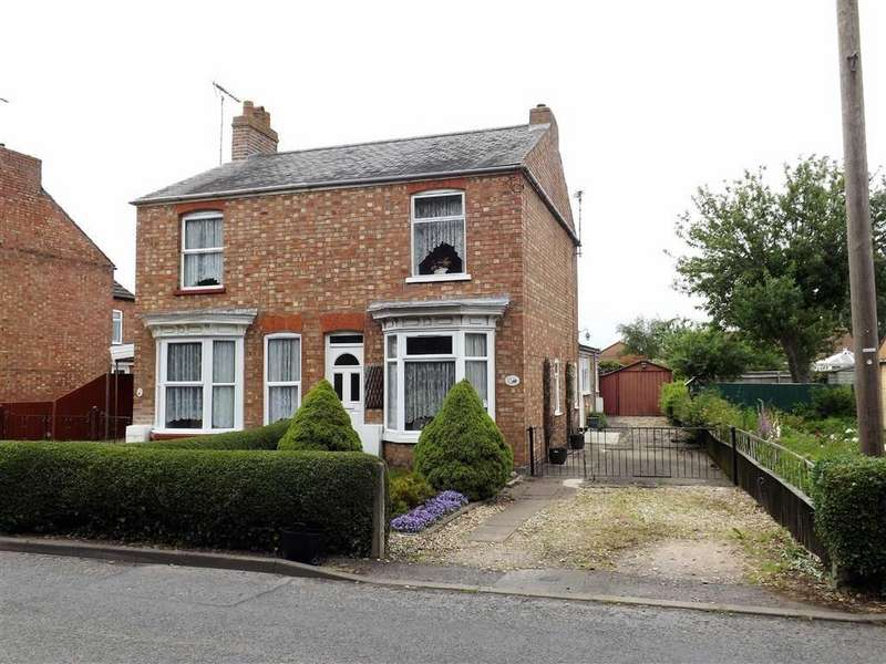 3 Bedrooms Semi Detached House for sale in Park Lane, Holbeach