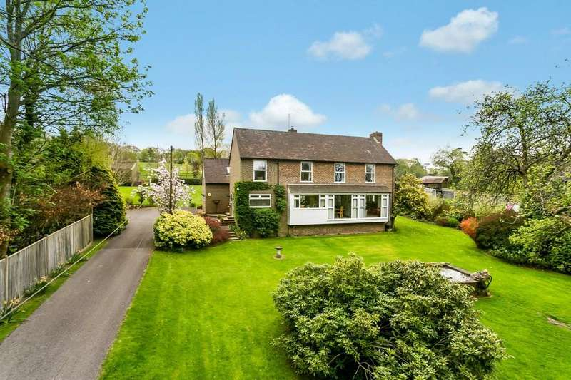 5 Bedrooms Detached House for sale in Fantastic Location!