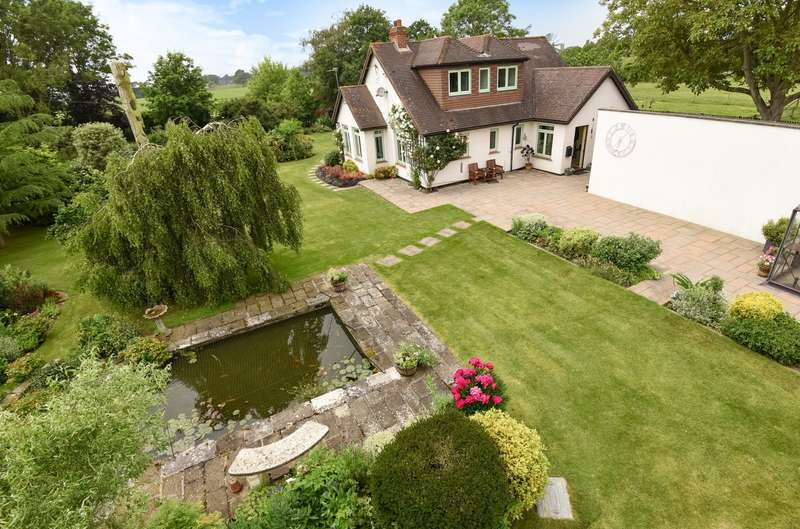 4 Bedrooms Detached Bungalow for sale in Binsted Lane, Binsted, Arundel, BN18