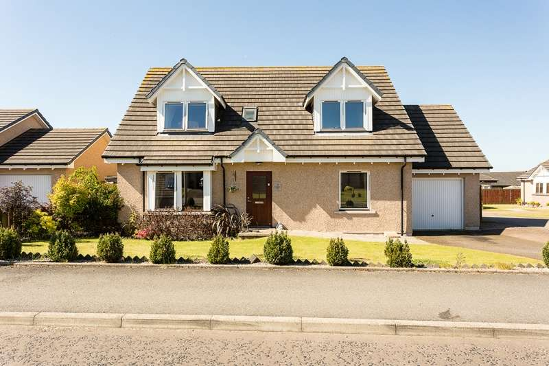 4 Bedrooms Bungalow for sale in Adamson Drive, Laurencekirk, AB30 1FP