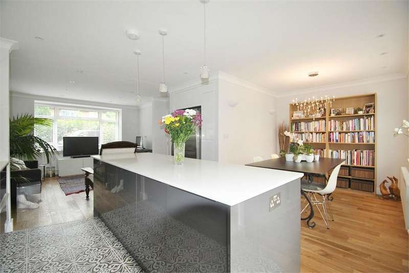 4 Bedrooms Semi Detached House for sale in College Road, Kensal Rise, London
