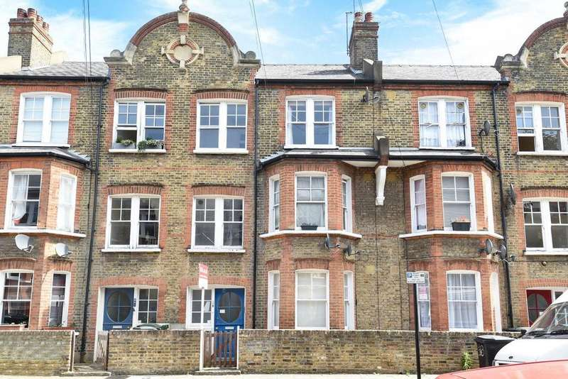 2 Bedrooms Flat for sale in Cato Road, Clapham