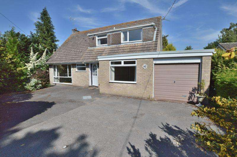 3 Bedrooms Detached House for sale in 92 Witham Road, Woodhall Spa