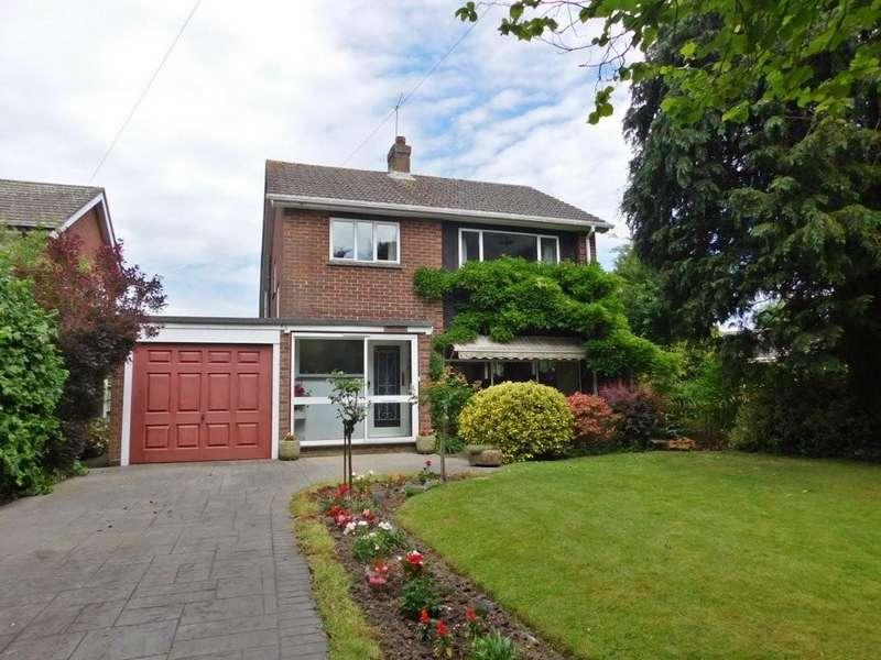 4 Bedrooms Detached House for sale in Vicarage Lane, Stubbington