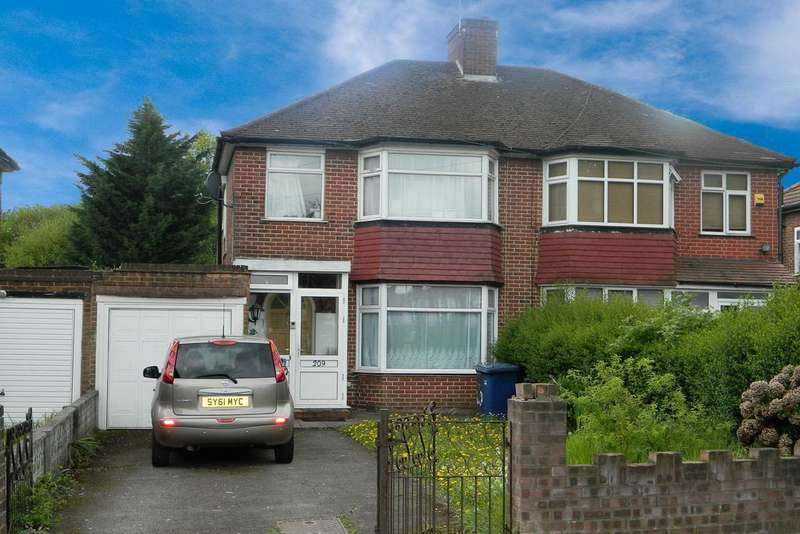 3 Bedrooms Semi Detached House for sale in Booth Road, London NW9
