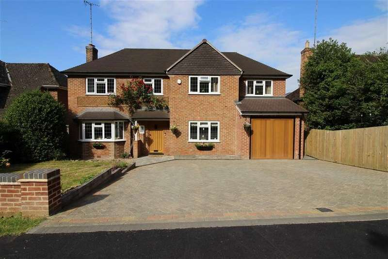5 Bedrooms Detached House for sale in Main Avenue, Allestree, Allestree Derby
