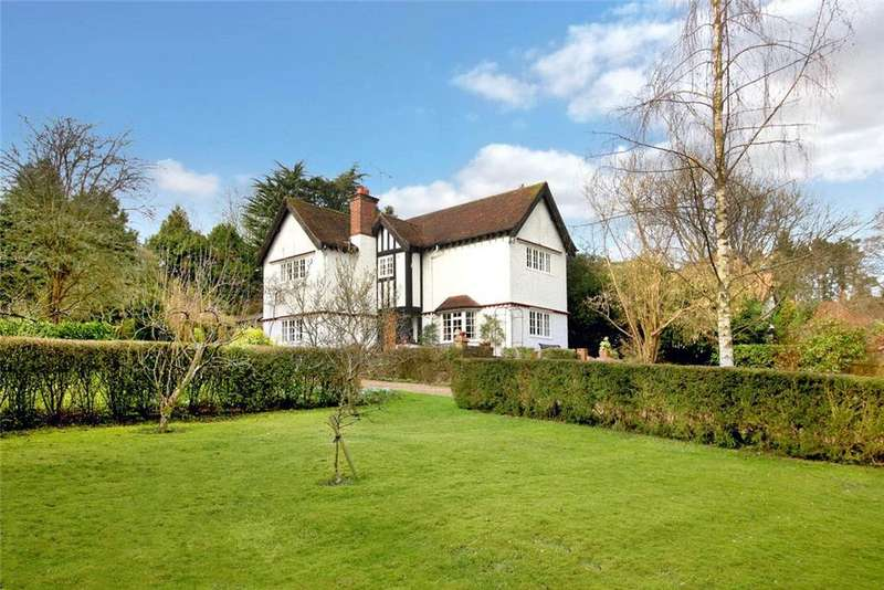 4 Bedrooms Detached House for sale in Grimms Hill, Great Missenden, Buckinghamshire, HP16