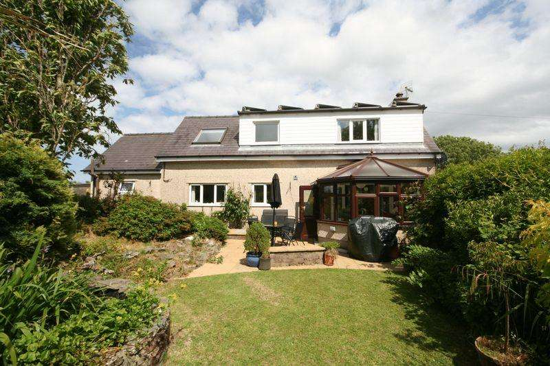 3 Bedrooms Detached House for sale in Carreglefn, Anglesey