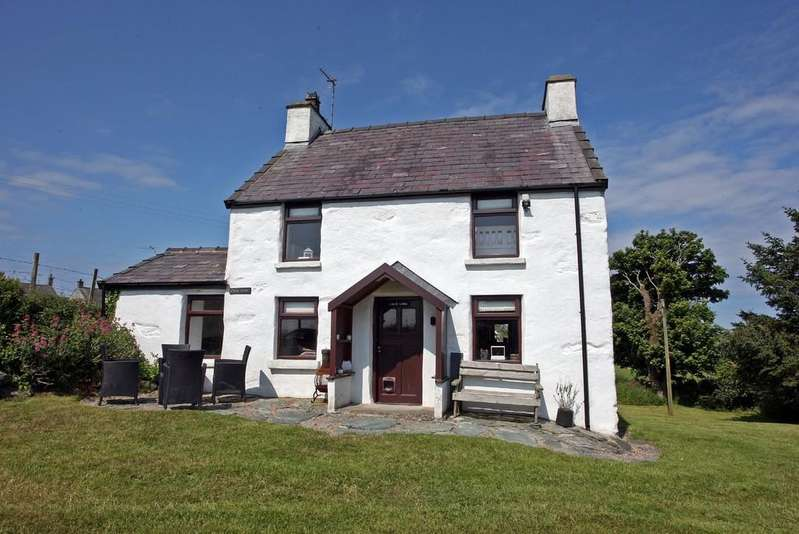3 Bedrooms Cottage House for sale in Tregele, Anglesey, North Wales
