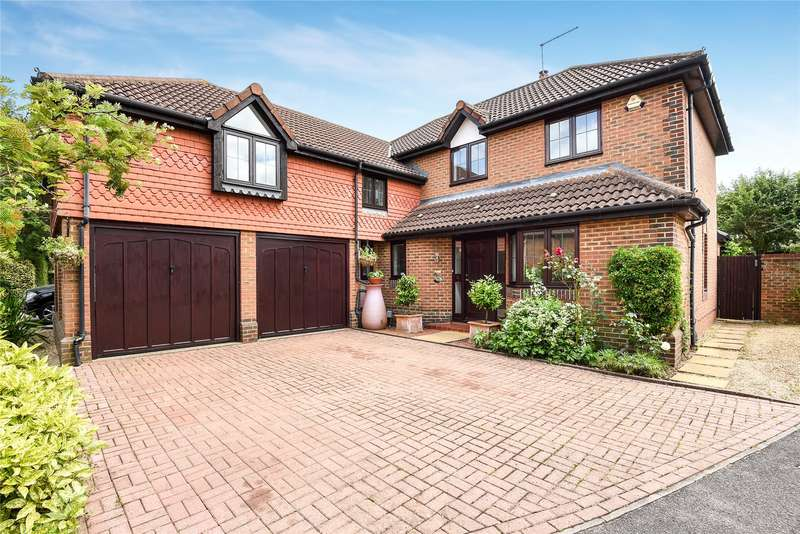 5 Bedrooms Detached House for sale in Derbyshire Green, Warfield, Berkshire, RG42