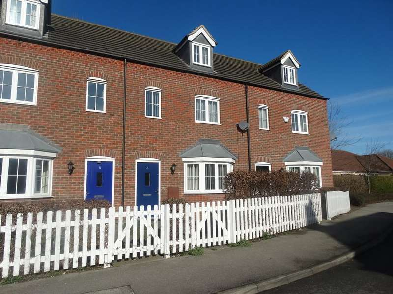 3 Bedrooms Terraced House for sale in Thomas Kitching Way, Bardney, Lincoln