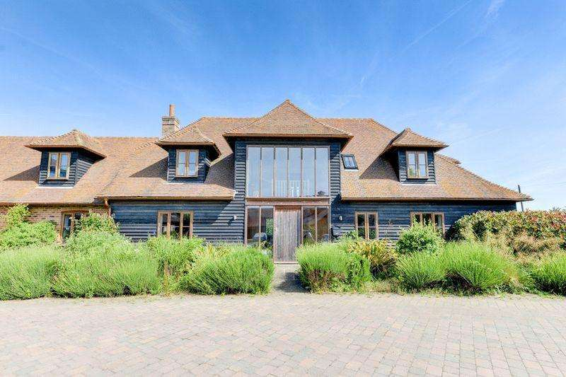 5 Bedrooms Semi Detached House for sale in Forest Lane, Worthing