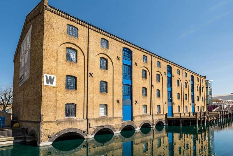 2 Bedrooms Apartment Flat for sale in Western Gateway, Royal Docks, London, E16