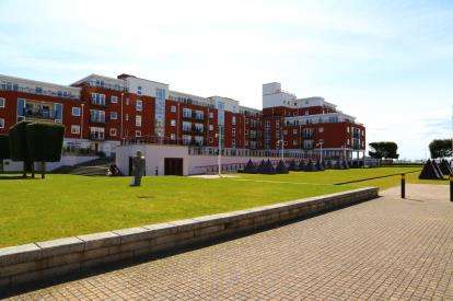 2 Bedrooms Flat for sale in Gunwharf Quays, Portsmouth, Hampshire