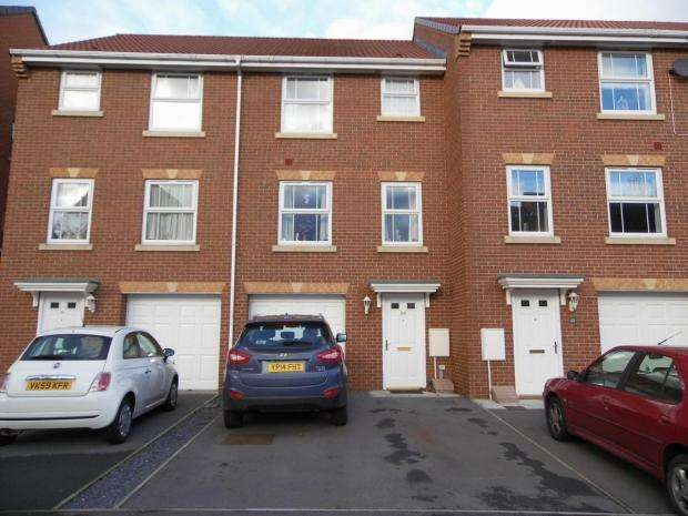 4 Bedrooms Terraced House for sale in Charlton Close Billingham