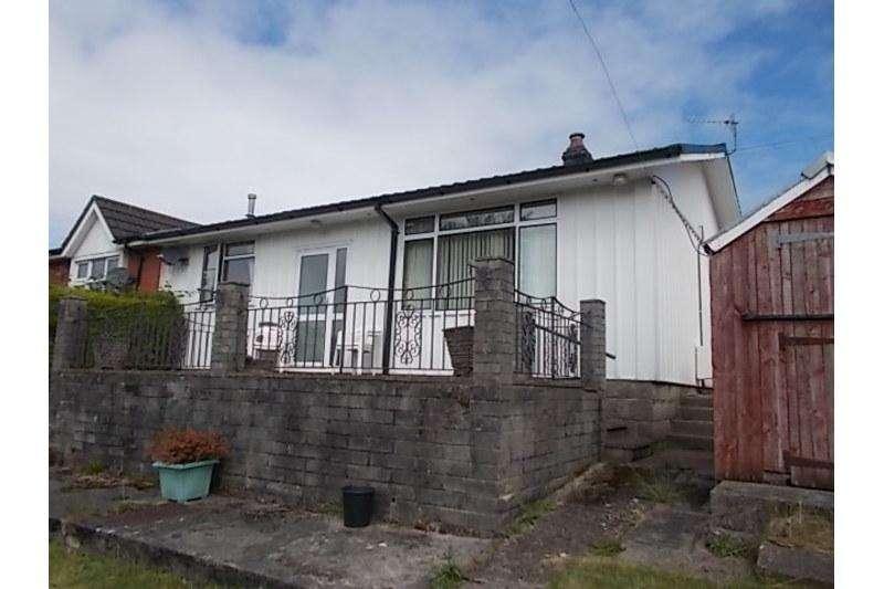 3 Bedrooms Bungalow for sale in Claremont Road, Pantside, Newbridge