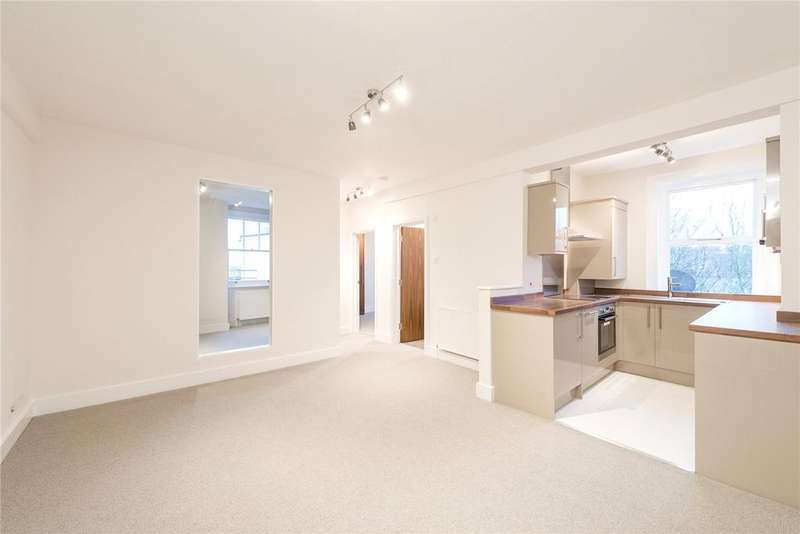 2 Bedrooms Flat for sale in Dewsbury Court, 44-66 Chiswick Road, London
